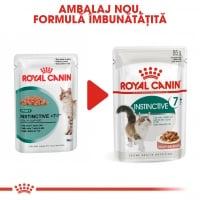 Royal Canin Instinctive 7+, plic hrană umedă pisici, (în sos), 85g