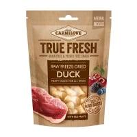 CARNILOVE True Fresh Raw Freeze-Dried, Rață cu 5 Fructe Roșii, recompense presate la rece fără cereale câini, 40g